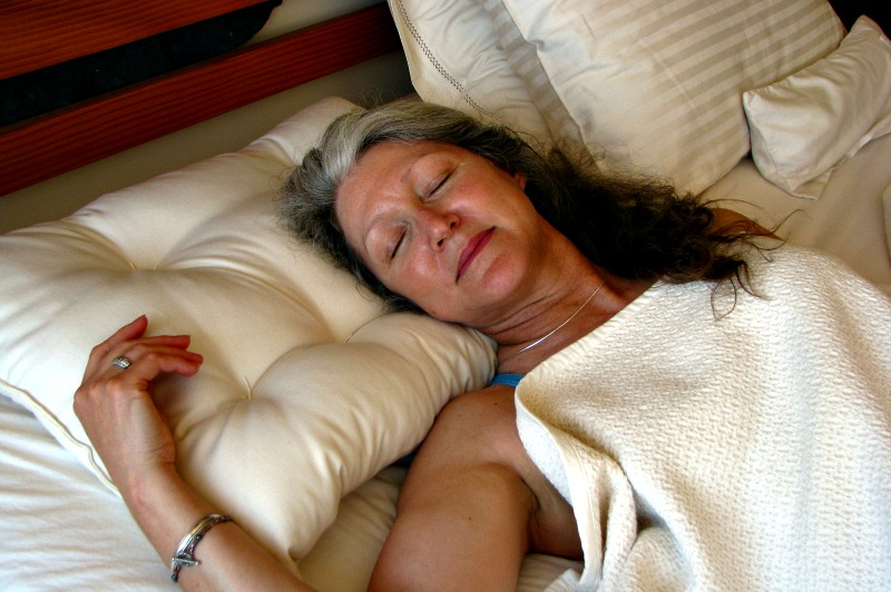 How to naturally get a good night's sleep