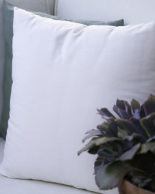 Throw Pillow Lifestyle Terra cottage inn